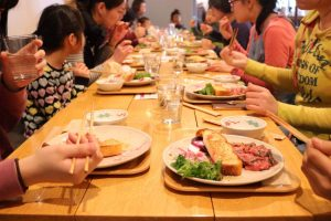 6月イベント 見て、触れて、食べて楽しむ「畑で収穫体験」